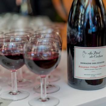La mythique Brasserie Au Pied de Cochon célèbre en grande pompe l'arrivée du Beaujolais Nouveau !